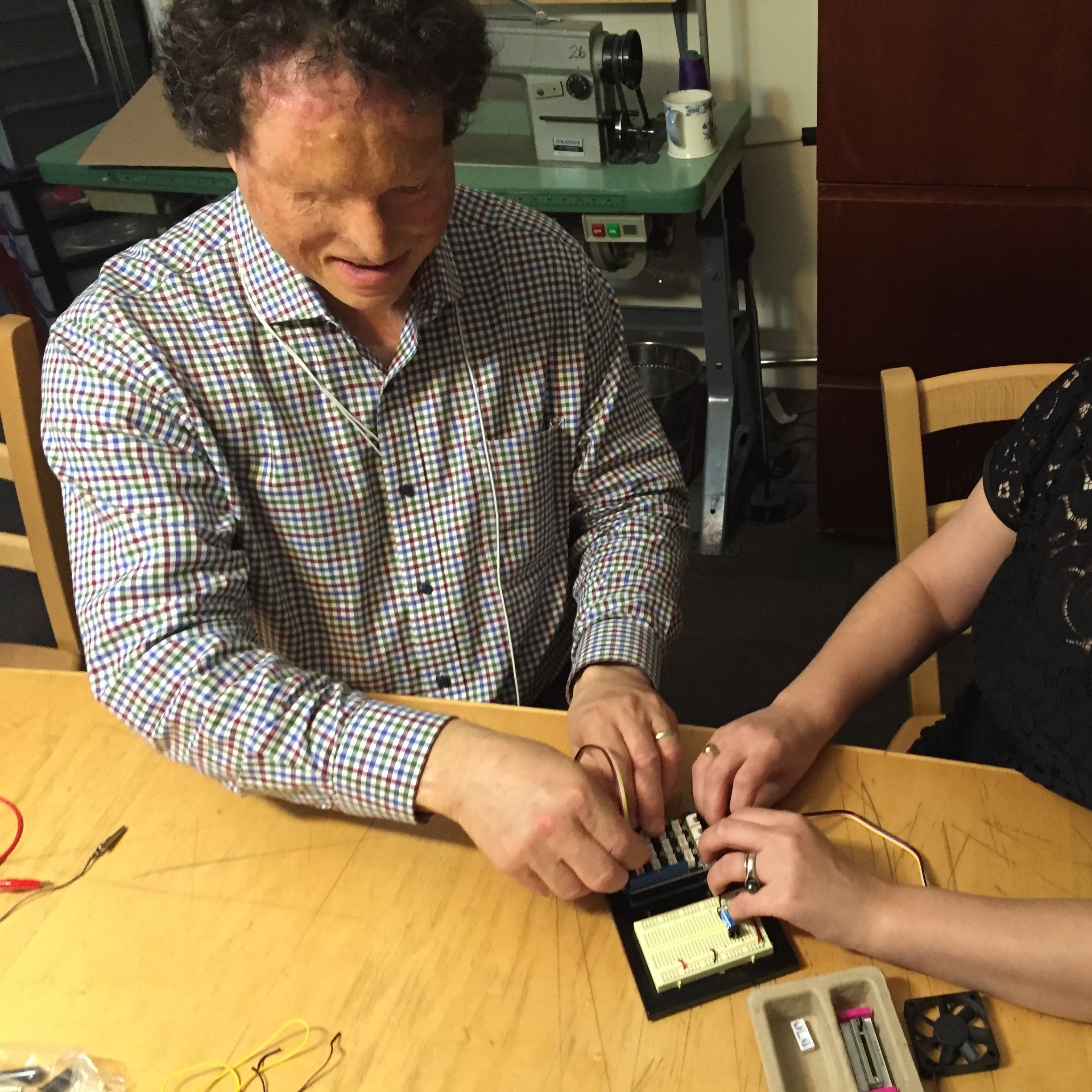 Blind makers use an Arduino with Grove Shield
